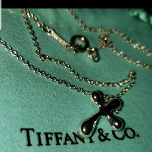 Tiffany peretti small cross pendant